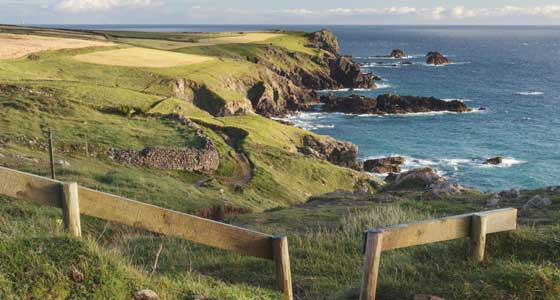 Self-Guided Walking Holidays along the United Kingdom's Cornish Coastal Path (North): Padstow to St. Ives