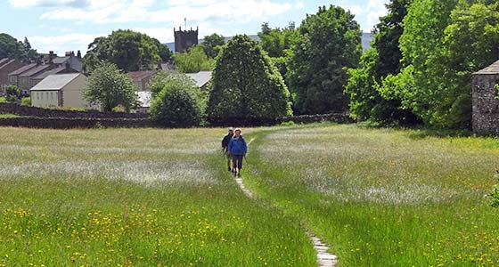 Self-Guided Walking Holidays along The Richmond Way in England