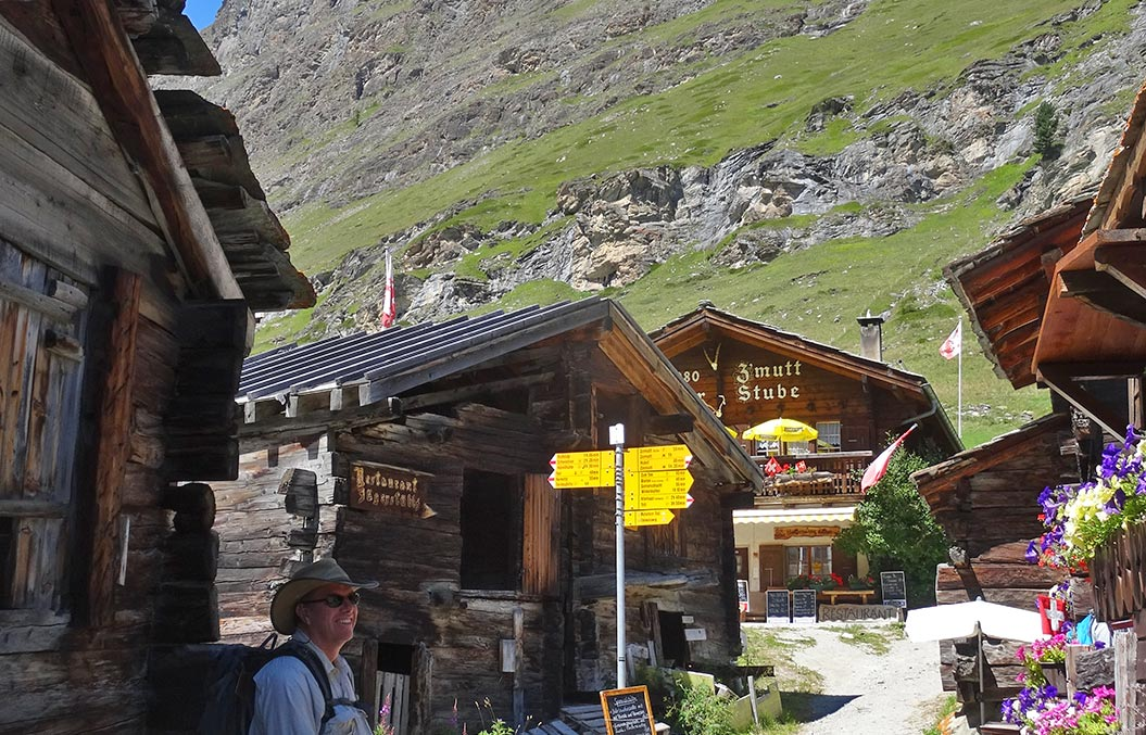 centre-based-walking-holidays-europe-bernese-oberland
