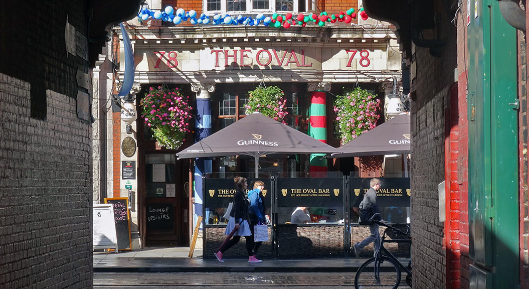 Things to do in Dublin: pub visit in Temple Bar area