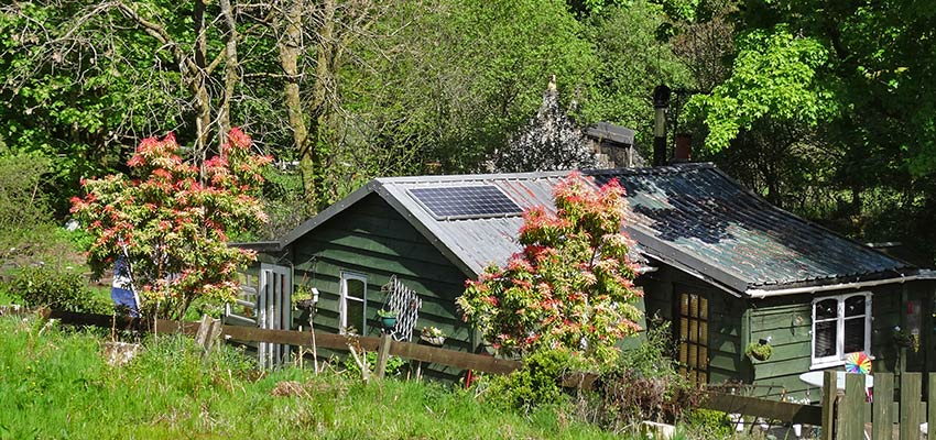 chalets on John Muir Way - Sherpa Expeditions walking holidays