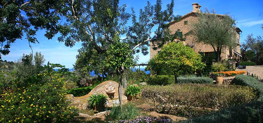 visit Casa de Robert Graves on a Majorca walking holiday - Sherpa Expeditions