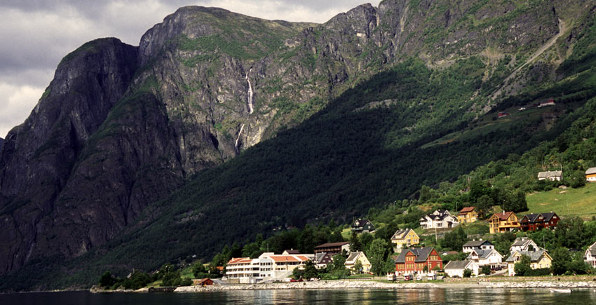 towards Aurland in Norway - Sherpa Self Guided Walking Trip