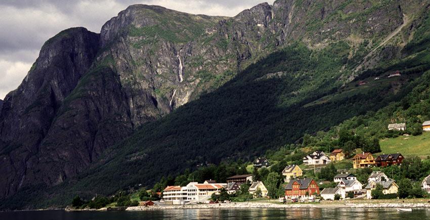 towards Aurland in Norway - Sherpa Self Guided Walking Trip