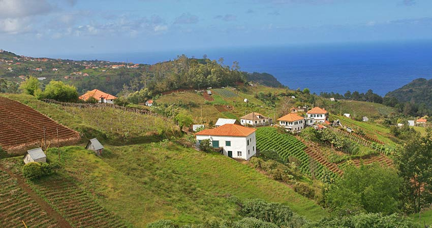 Discover quaint towns when hiking in Madeira - Sherpa Expeditions