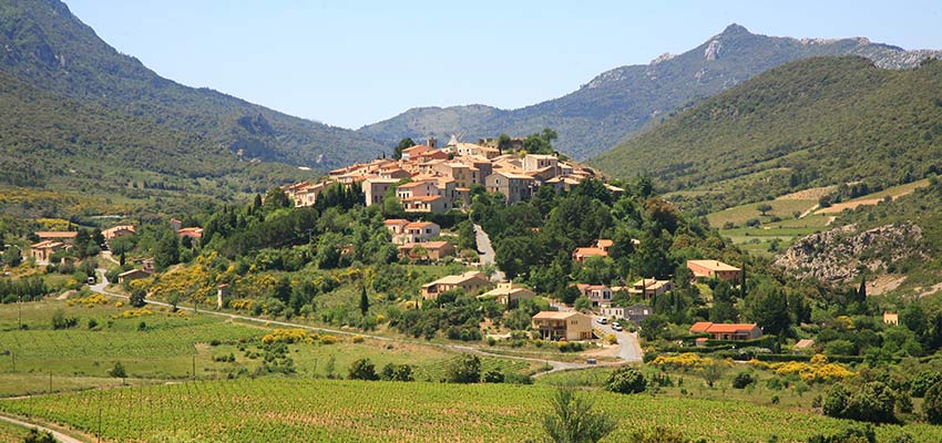 Hilltop village in Corbieres, France - Sherpa Expeditions