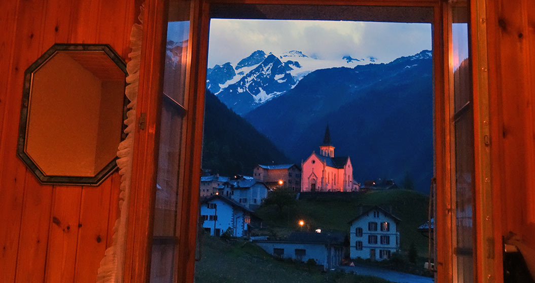 room with a view - mont blanc images - Sherpa