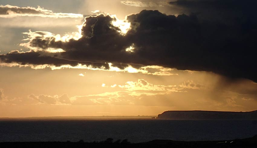 Beautiful sunset on the Isle of Wight Coastal Walking holiday - Sherpa Expeditions UK