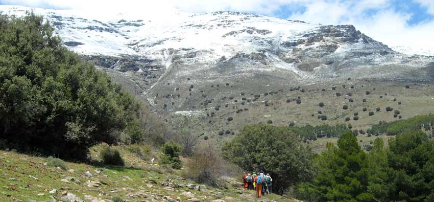 GO NOW: YEAR-ROUND SPAIN AND PORTUGAL-walking in Alpujarras