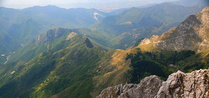 Hiking holidays in Italy: Apuane Alps