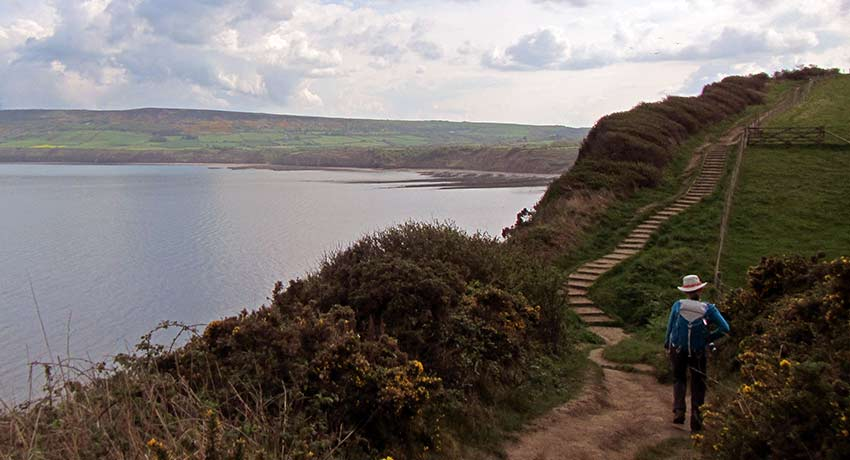 walk to Robin Hood's bay - Sherpa Expeditions